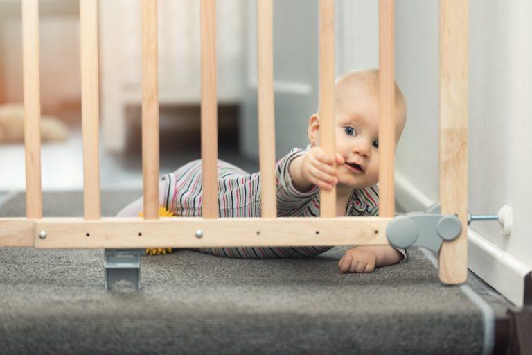 La barrière de sécurité bébé pour les escaliers