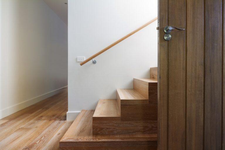 Le revêtement et le revêtement d'escalier